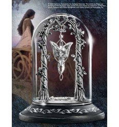 The Lord of the Rings - The Evenstar™ Pendant Display
