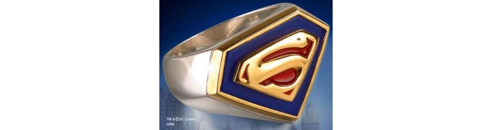 Bijoux Superman